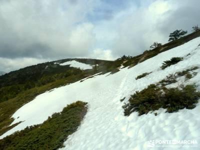 Peña Cítores, Cumbre Peñalara; viajes senderismo agosto; grupos de senderismo en madrid capital